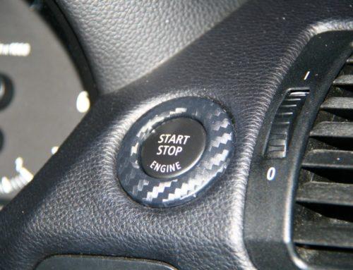 BMW 1er Lenkradspange folieren